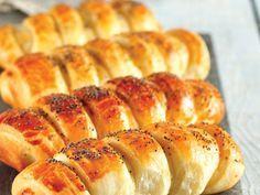 Nişastalı pastane poğaçası Tarifi - Hamur İşleri Yemekleri - Yemek Tarifleri