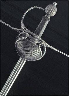Espada de conchas. Hortuño Aguirre Toledo, siglo XVII