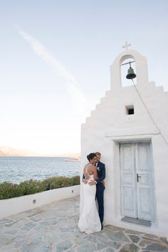 Can you imagine a more beautiful location for your #destinationwedding in #Greece?  #weddingplanner #weddingingreece #athensriviera #weddingingreece
