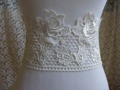 1 yard Venice roses lace trim in ivory for bridal, sashes, gown, headbands, costumes Jewelry Design, Unique Jewelry, Sash, Floral Lace, Lace Trim, Bridal Dresses, Headbands, Doll Clothes, Trending Outfits