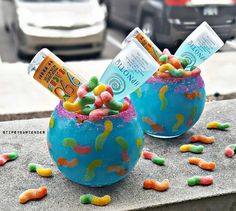 Pickup those damn gummy worms off the ground (Peach Vodka Hpnotiq Island Punch Pucker Blue Curacao Lemonade) Candy Drinks, Liquor Drinks, Cocktail Drinks, Fun Drinks, Beverages, Hpnotiq Drinks, Vodka Cocktails, Colorful Drinks, Craft Cocktails