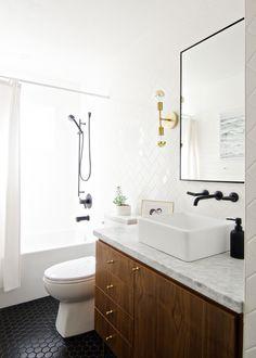 34 best vintage bathroom lighting images in 2019 vintage bathroom rh pinterest com