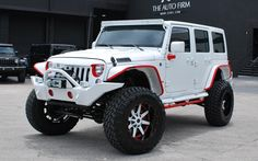 2015 White Jeep Wrangler Sahara Off Road crazy pink highlights Jeep Wrangler Sahara, Jeep Wrangler Unlimited, 2015 Jeep Wrangler, Jeep Rubicon, Wrangler Sport, Jeep Xj, Jorge Diaz, Transformers, Red Jeep