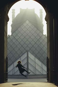 The Louvre, Paris, France, May 5, 1988. Photo by James Stanfield