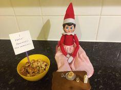 Elf on the shelf. Pancakes