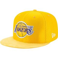 87f9ae8b5 New Era Men s Los Angeles Lakers On-Court 59Fifty Fitted Hat