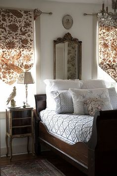20 Inspiration With Curtain Country Bedroom shabby chic decor, bedroom country, vintage country bedroom, country home bedroom, country bedrooms ideas farmhouse decor country Home Bedroom, Master Bedroom, Bedroom Decor, Bedroom Ideas, Bedroom Furniture, Design Bedroom, 70s Bedroom, Dark Furniture, Bedroom Vintage