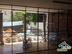 חלון יציאה לגינה מהסלון מאלומיניום