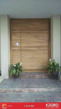 Una muestra mas de #carpintería hermosa #puerta tableada en parota