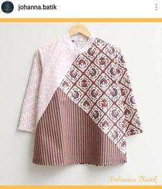 Patchwork fashion couture dresses 35 Ideas for 2019 Batik Blazer, Blouse Batik, Model Dress Batik, Mode Batik, Batik Kebaya, Batik Pattern, Batik Fashion, Blouse Models, Patchwork Dress