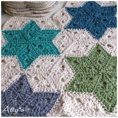 Stonewashed Star Blanket---Just a picture right now, she's working on the pattern--it's beautiful! Crochet Motifs, Crochet Blocks, Crochet Blanket Patterns, Crochet Stitches, Knitting Patterns, Crochet Quilt Pattern, Crochet Blankets, Crochet Home, Knit Or Crochet