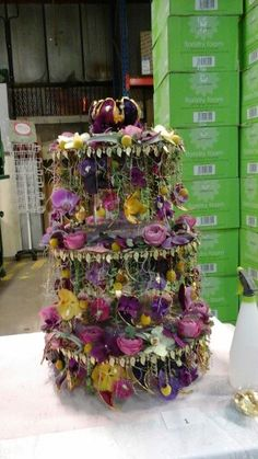 Congratulations young Chelsea florist - first place 85 points, she go to Chelsea flower show