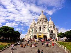 A Walk through Montmartre