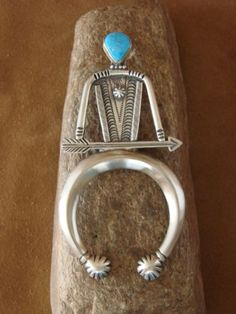 Native-American-Jewelry-Sterling-Silver-Turquoise-Pendant-by-Running-Bear