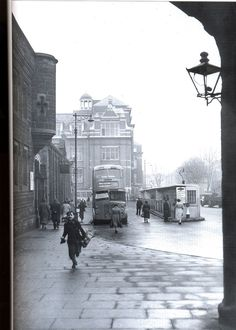 (Newarke bus station - now gone -just behind the Magazine gateway)