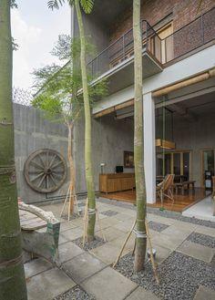 Gallery of House as Tree of Life / Andyrahman Architect - 17