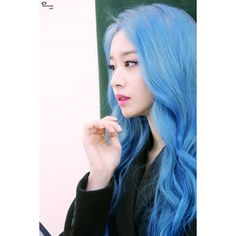 (ex T-ara) 200120 Partners Park Naver Update: Jiyeon behind the scenes Naver photoshoot. Hair Color Blue, New Hair Colors, Blue Hair, Park Ji Yeon, T Ara Jiyeon, Kpop Hair, Dream Hair, Korean Girl Groups, Parks