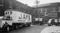 Some surprising history of Jay's Potato Chips in Chicago. Roseland Chicago, Chicago Pictures, Chicago River, Chicago City, Visit Chicago, Chicago Neighborhoods, Chicago Photography, My Kind Of Town