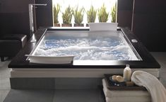 Jacuzzi bathtub! YES PLEASE!:)