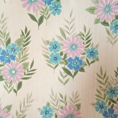 """""""I'm more than a little bit happy with my latest #Ebay purchase...I'm in love with this roll of #1970 's #wallpaper  I bought it for a shoot but I'm now wondering if I have enough to put it up somewhere in my house! #vintagewallpaper #floraldesign #floralpattern #vintageflorals #prettypastelstyle #pastel"""" Photo taken by @selinalake on Instagram, pinned via the InstaPin iOS App! http://www.instapinapp.com (10/26/2014)"""