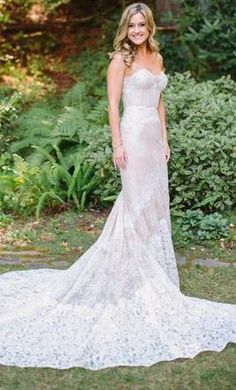 Inbal Dror 14-10: buy this dress for a fraction of the salon price on PreOwnedWeddingDresses.com