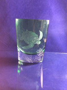 Sea turtle by Margot May engraved glass