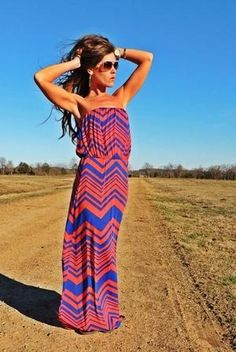 Chevron Maxi. My mission is to find this dress lol and all her accessories. Love this look ❤