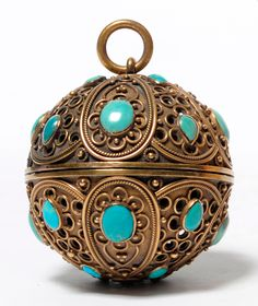 A Turquoise Cabochon Mounted Gilt Metal Pomander