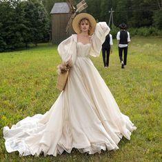 wedding dress Princess wedding dress LISSA with detachable sleeves Boho Wedding Dress, Dream Wedding Dresses, Prom Dresses, Lace Wedding, Grecian Wedding, Mermaid Wedding, Bridal Dresses, Gown Wedding, Victorian Wedding Dresses