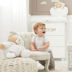 #babyroom #camerabebe #babyshower #babyroomdecor #babydecor #baby #homedecor #copii #bebedesign #babyroomdesign #babygirl #design #camerecopii #bebe #babyroomdecorations #babydesign #babyboy #weloveourcustomers #camerabebelusului #familyconceptstore #onlineshopping #bucuresti #cluj #timisoara #constanta #camerabebelusului #camerebebe #camerecopii #mobilabebe #mobilacopii Baby Room Design, Baby Room Decor, Paste, Bassinet, Baby Boy, Kids Rugs, Interior, Furniture, Home Decor