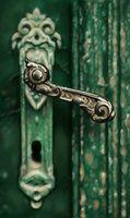 Vintage door handle by Linkinoid