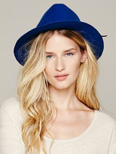 Free People Kate Felt Hat in Royal Blue  STYLE# 29267374