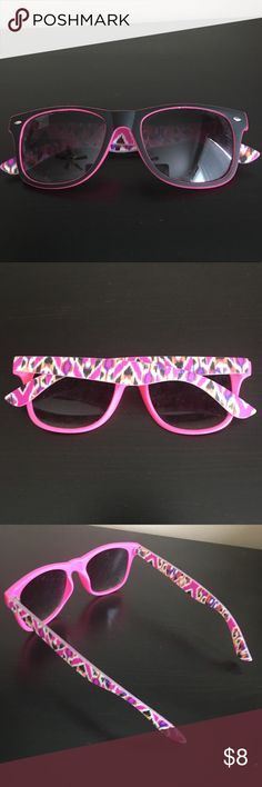Black and pink printed sunglasses Super cute printed sunglasses in excellent condition. Accessories Glasses