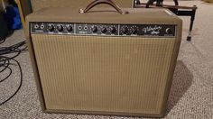 1961 Fender Vibrolux in amazing condition.Detailed evaluation of this exact amplifier shown in linked video.  This was done just prior to my owning the amp; nothing has changed since the video.  In addition to the clean tones demoed in the video, early Dire Straits tone right here.This 1961 Vibro...