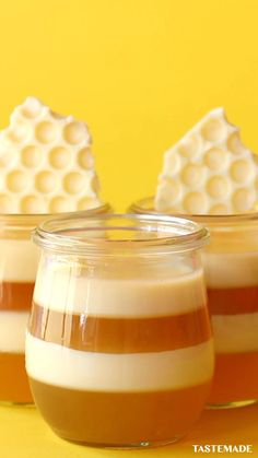 Honey Recipes, Sweet Recipes, Cute Desserts, Dessert Recipes, Snacks, Creative Food, Diy Food, White Chocolate, Food To Make