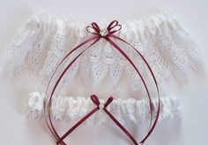 29.50$  Buy now - http://vieuw.justgood.pw/vig/item.php?t=yf54tl17147 - The ANDREA Garter Set in White Venise Lace with Custom Color Double Satin Bow an