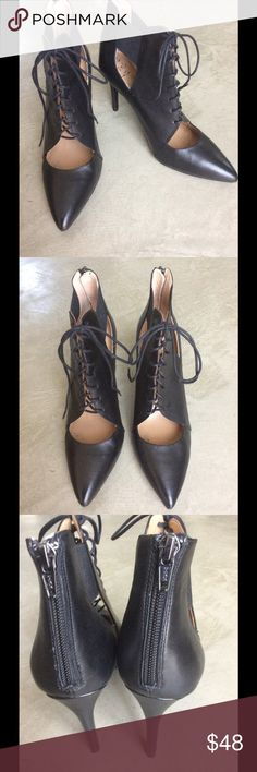 Banana Republic lace front, zip back heels Worn once , beautiful soft leather, elastic side, lace up front and zip up heels. Stunning. Banana Republic Shoes Heels