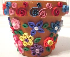 Quilled paper flower pot