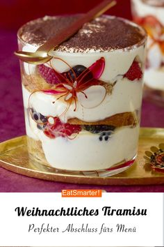 The perfect Christmas dessert: Christmas tiramisu with honey cake eatsmarter. Winter Desserts, Thanksgiving Desserts, Christmas Desserts, Christmas Recipes, Tiramisu Dessert, Tiramisu Recipe, Easy Smoothie Recipes, Snack Recipes, Dessert Recipes