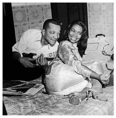 There are few comedians that I ever loved as much as Redd Foxx. Sanford and Son is a favorite sitcom of all time! Here Redd Foxx is with his wife Betty Jean. Black Love, Black Art, My Black Is Beautiful, Black Actors, Black Celebrities, Celebs, Famous Celebrities, Kings & Queens, Redd Foxx