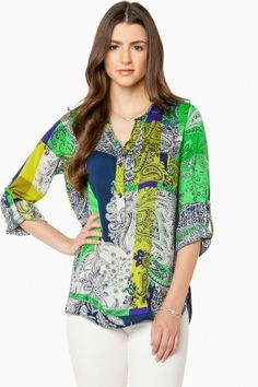 Delaney Blouse in Green Green Fashion, Women's Fashion, Fashion Outfits, Summer Work Outfits, Cool Outfits, Look Older, Work Clothes, Body Shapes, Supermodels