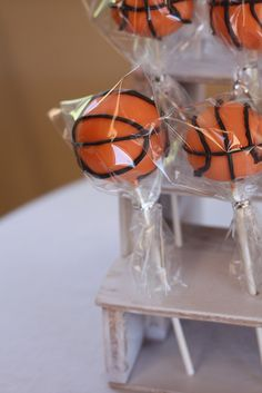 Basketball Cake pops  by sugardiva cakes, via Flickr