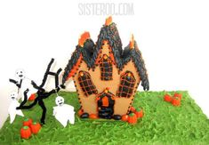 Haunted House Crafts Perfect for Halloween