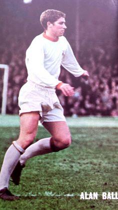 Alan Ball of Blackpool in Blackpool Fc, Retro Football, Coaching, Club, Running, 1960s, Sports, Arsenal, Magazines