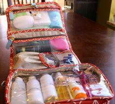 Travel Toiletries Bag – Orla Kiely for Target – Medium Hanging Organizer – Sweet Pea {how to organize}