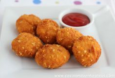 Nuggets de pollo y queso caseros. Receta paso a paso.