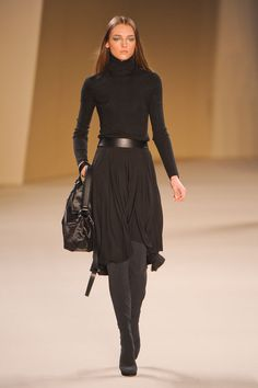 Skirt black outfit for work office style 41 Ideas for 2019 Autumn Fashion Curvy, Black Women Fashion, Curvy Fashion, Trendy Fashion, Fashion Show, Fashion Outfits, Womens Fashion, Fashion Trends, Woman Outfits
