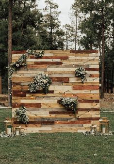 rustic country wooden pallet wedding backdrop #weddings #wedding #outdoorweddings #weddingideas #dpf