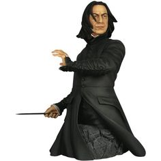 Bust and Harry Potter Professor Snape Year 6 Mini Bust Harry Potter Professors, Harry Potter 2, Harry Potter Pictures, Professor Severus Snape, Alan Rickman Severus Snape, Harry Potter Memorabilia, Online Galerie, Harry Potter Collection, Gentle Giant