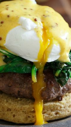 Open Faced Burger Eggs Benedict ~ This recipe is perfect for brunch and filling enough for dinner... The Hollandaise sauce fully complements the poached egg and burger.